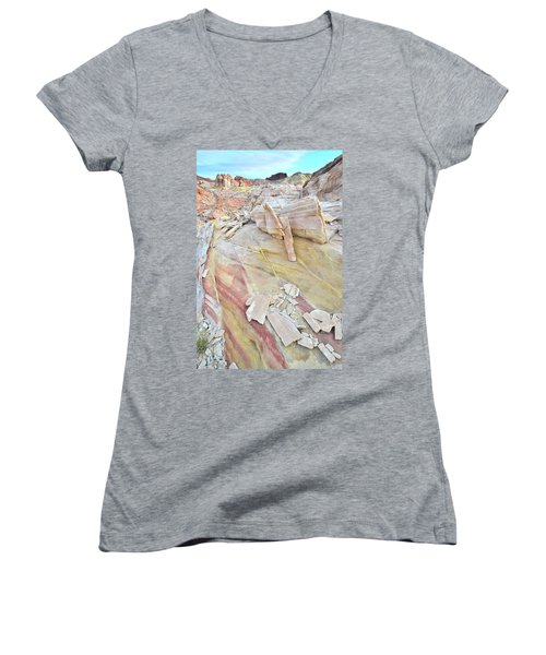 Sandstone Rainbow In Valley Of Fire Women's V-Neck T-Shirt (Junior Cut) by Ray Mathis