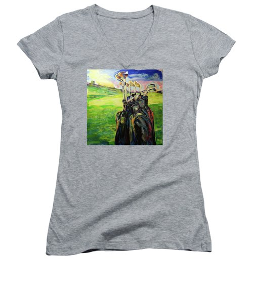 Schwarze Golftasche  Black Golf Bag Women's V-Neck T-Shirt (Junior Cut) by Koro Arandia