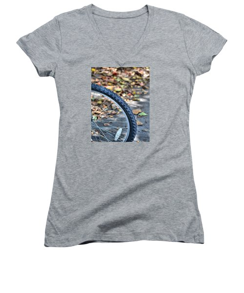 Seasonal Cycle Women's V-Neck T-Shirt (Junior Cut)