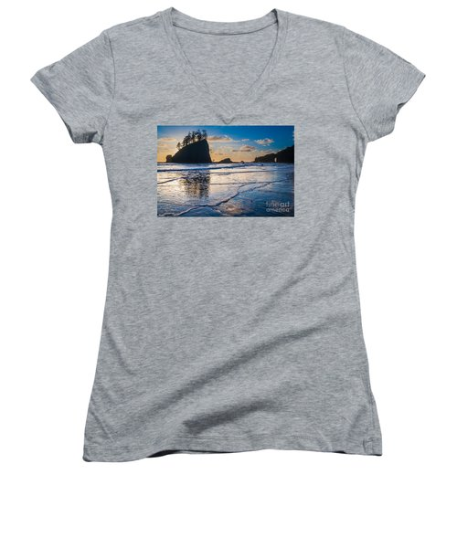 Second Beach Waves Women's V-Neck (Athletic Fit)