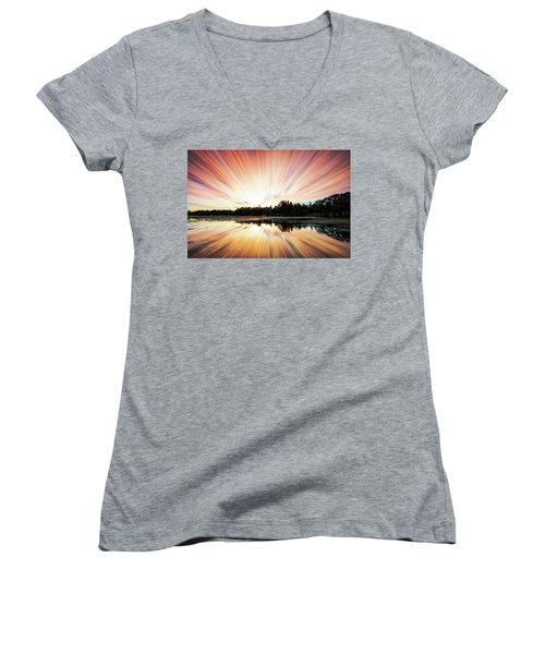 Seeleys Bay Explosion Women's V-Neck T-Shirt