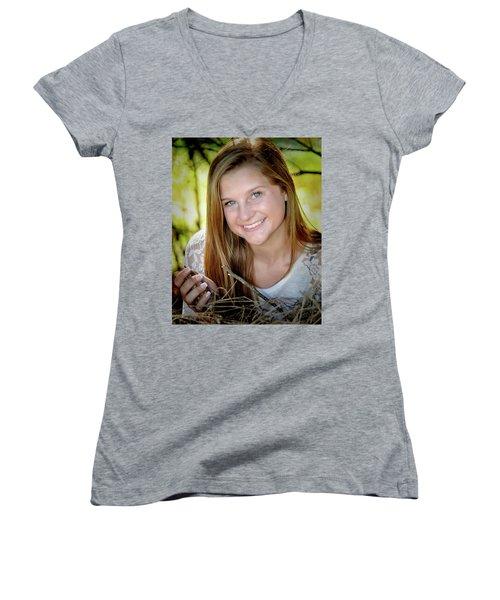 Senior 3 Women's V-Neck T-Shirt (Junior Cut)
