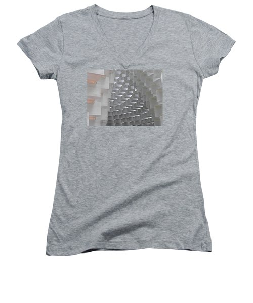 Serpentine Pavilion 09 Women's V-Neck T-Shirt