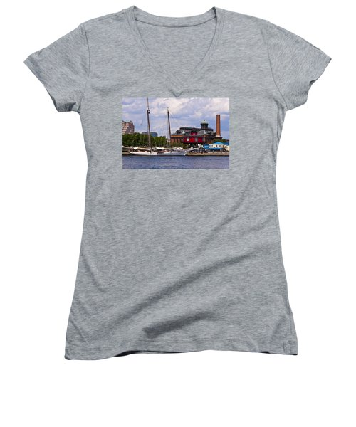 Seven Foot Knoll Lighthouse - Baltimore Women's V-Neck T-Shirt