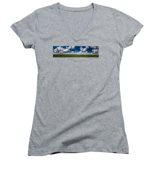 Sharps Creek Road Panorama Women's V-Neck T-Shirt