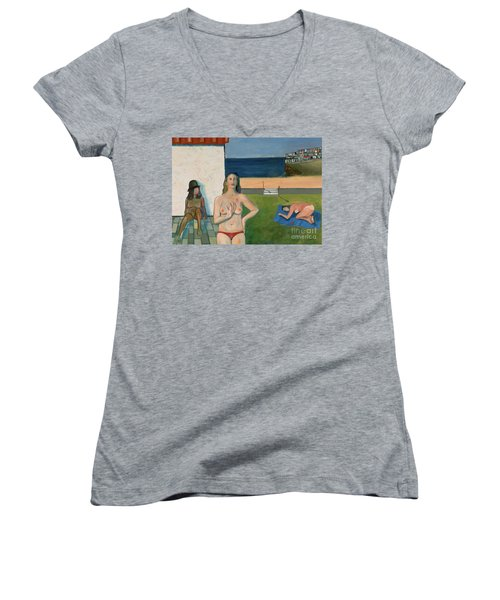 She Walks In Beauty Women's V-Neck T-Shirt