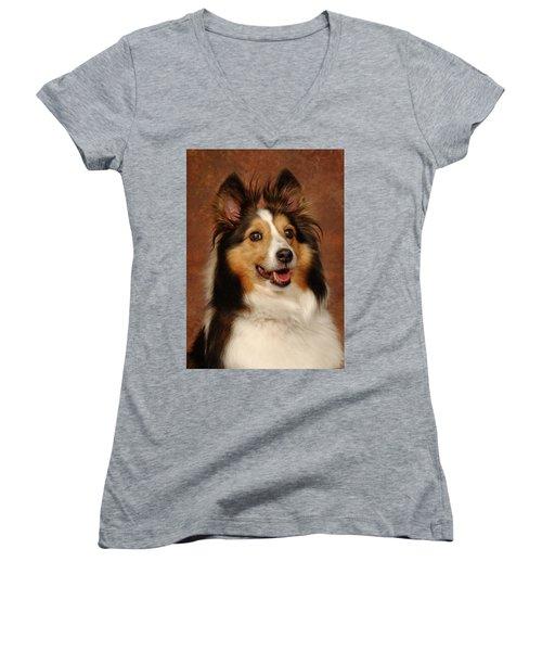 Women's V-Neck T-Shirt (Junior Cut) featuring the photograph Sheltie by Greg Mimbs