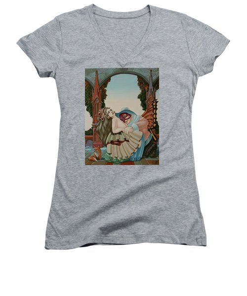 Sigmund Freud With A Fox Women's V-Neck (Athletic Fit)