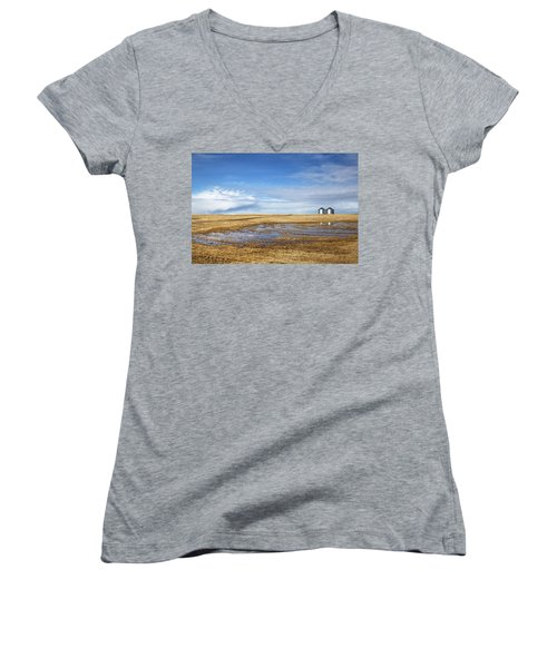 Silos Women's V-Neck T-Shirt