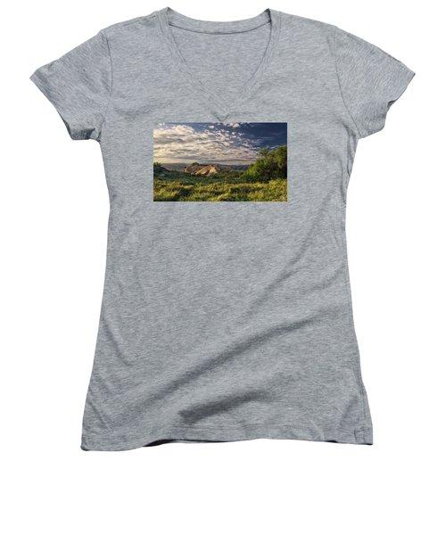 Simi Valley Overlook Women's V-Neck T-Shirt