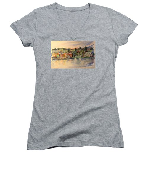Skaneateles Ny Women's V-Neck T-Shirt