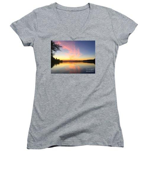 Slack Tide Women's V-Neck T-Shirt (Junior Cut)