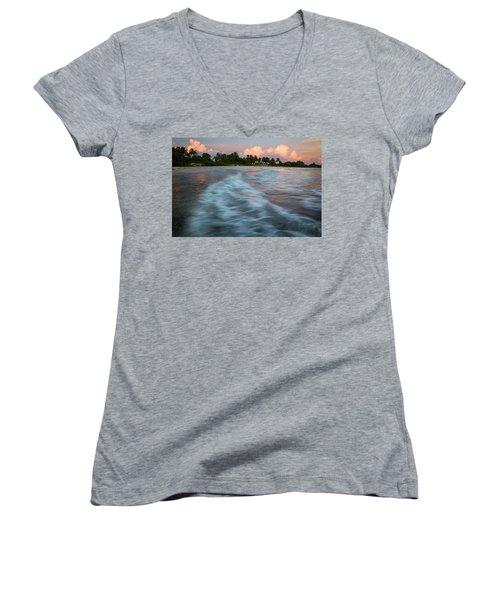 Slow Flow Women's V-Neck T-Shirt