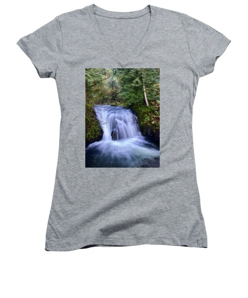 Small Cascade Women's V-Neck (Athletic Fit)