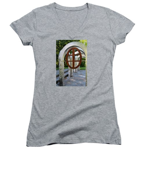 Small Park With Arches Women's V-Neck T-Shirt (Junior Cut) by Michiale Schneider