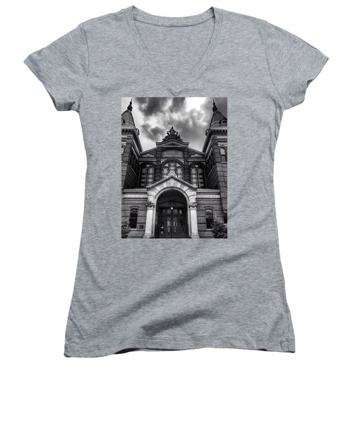 Smithsonian Arts And Industries Building Women's V-Neck