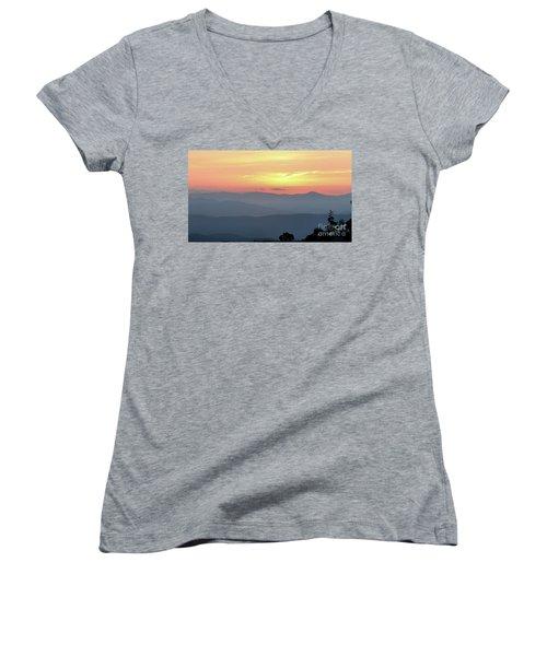 Smokey Mnt Sunset Women's V-Neck T-Shirt