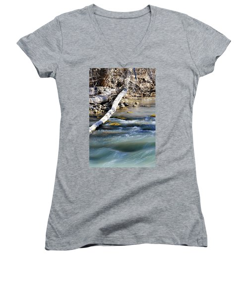 Smooth Water Women's V-Neck (Athletic Fit)