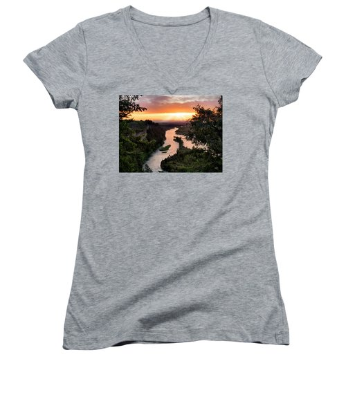 Snake River Sunset Women's V-Neck T-Shirt