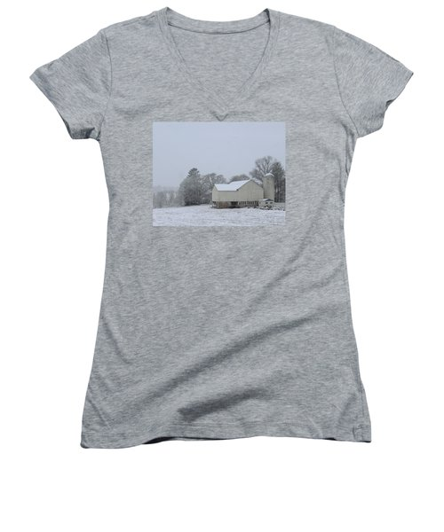 Winter White Farm Women's V-Neck