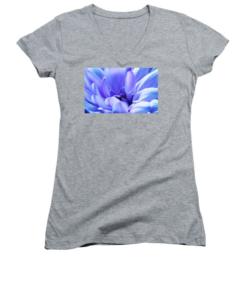 Soft Touch 2 Women's V-Neck (Athletic Fit)