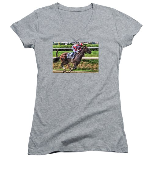 Songbird With Mike Smith Saratoga August 2017 Women's V-Neck