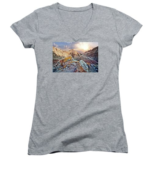 South Dakota 2 Women's V-Neck T-Shirt