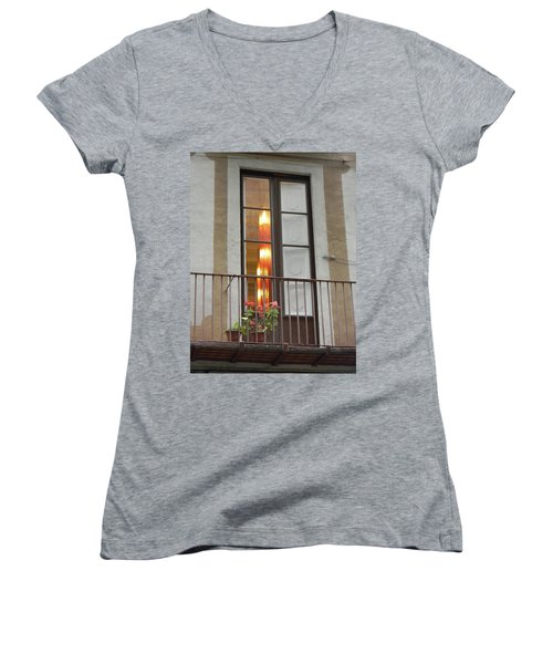 Spanish Siesta Women's V-Neck