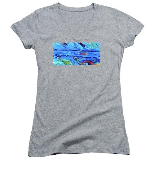 Sphyrna Women's V-Neck T-Shirt
