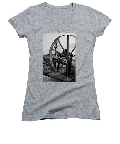 Spinning Wheel At Mount Vernon Women's V-Neck