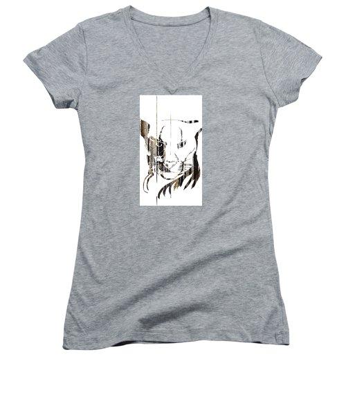 Spirit Animal . Cougar Women's V-Neck T-Shirt