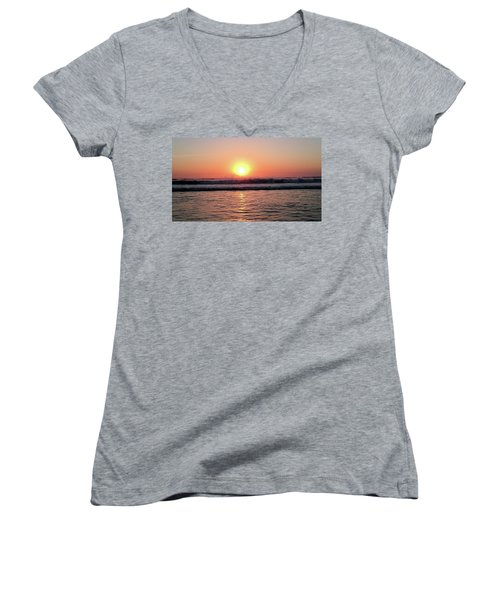Women's V-Neck T-Shirt (Junior Cut) featuring the photograph Splashing by Beto Machado