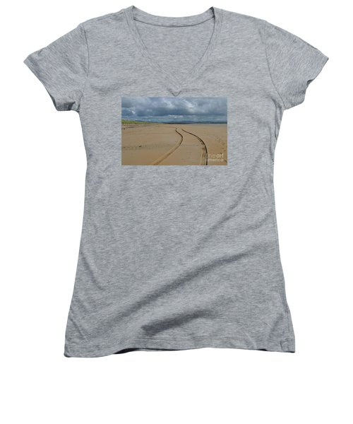 Srah Beach Claggan Island Women's V-Neck