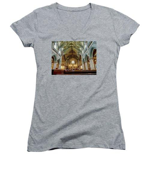 St Dunstan's Cathedral  Women's V-Neck T-Shirt
