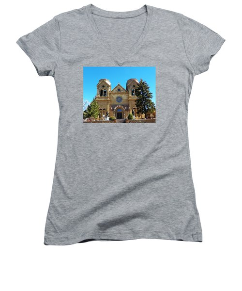 St. Francis Cathedral Santa Fe Nm Women's V-Neck T-Shirt