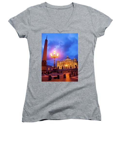 St. Peters Cathedral At Night Women's V-Neck T-Shirt