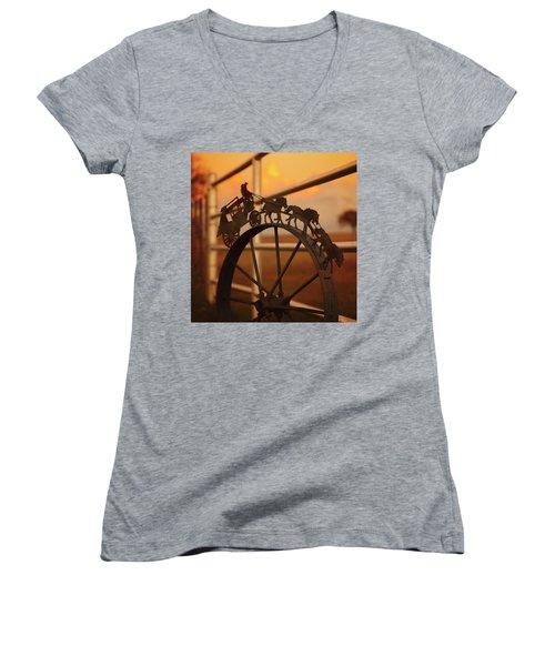 Stagecoach Sunset Women's V-Neck T-Shirt