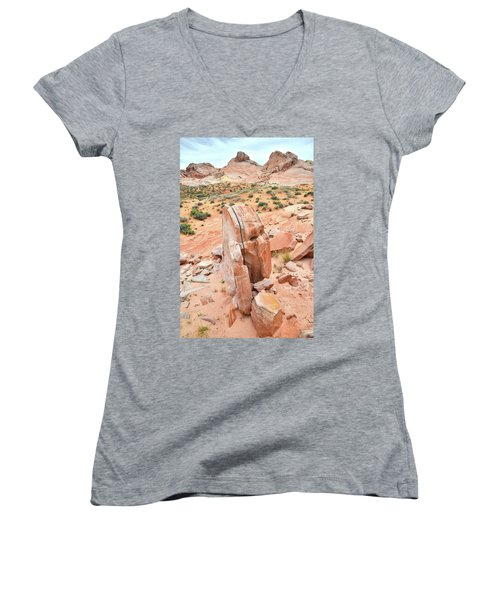 Women's V-Neck T-Shirt (Junior Cut) featuring the photograph Standup Sandstone In Valley Of Fire by Ray Mathis