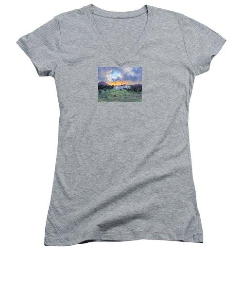 Stanley Hotel Sunset Women's V-Neck T-Shirt (Junior Cut)