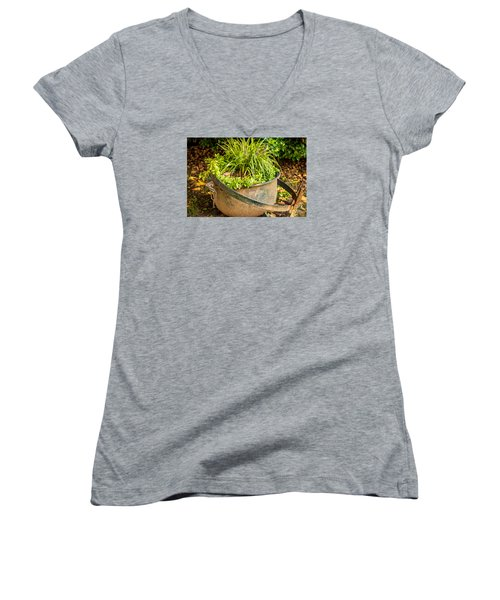 Mountains Women's V-Neck