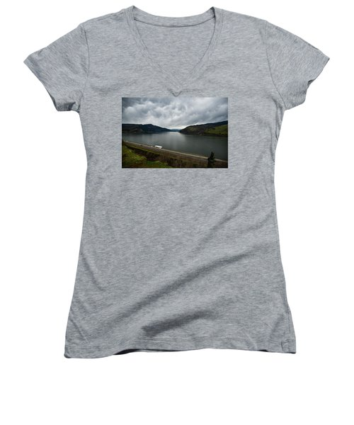 Storm Brewing On The Columbia Women's V-Neck