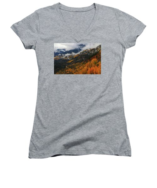 Storm Clouds Over Mcclure Pass During Autumn Women's V-Neck T-Shirt