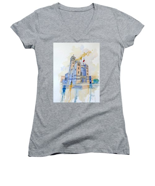 St.peter In Chains II Women's V-Neck (Athletic Fit)