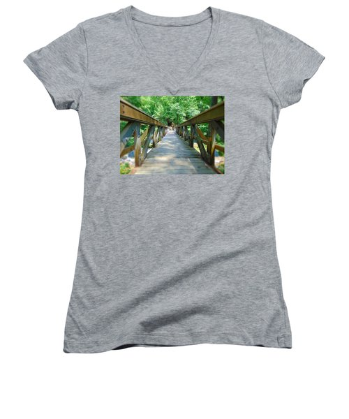 Straight - Narrow Women's V-Neck