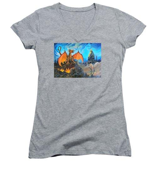 Straight To The Casttttle Women's V-Neck T-Shirt