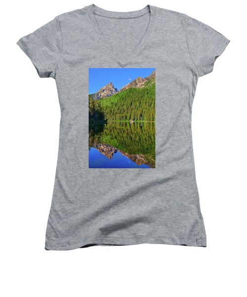 String Lake Morning Mirror Women's V-Neck