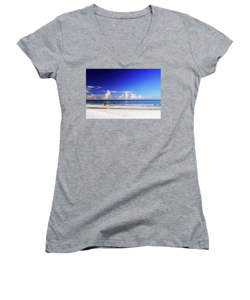 Women's V-Neck T-Shirt featuring the photograph Strolling The Beach by Gary Wonning