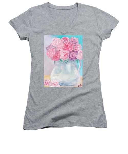 Study  Women's V-Neck T-Shirt