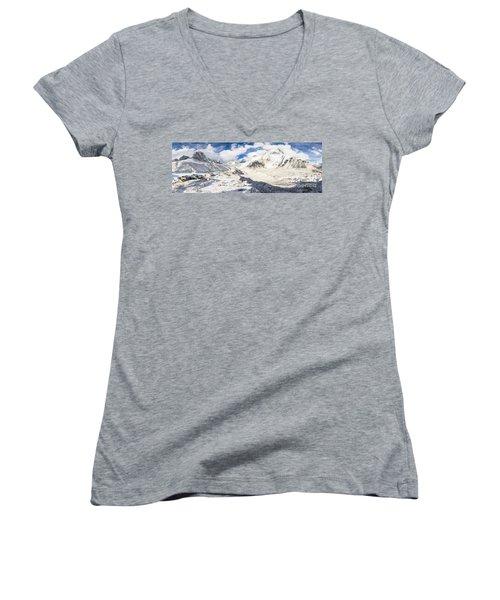 Stunning Nepal - Ebc Women's V-Neck T-Shirt