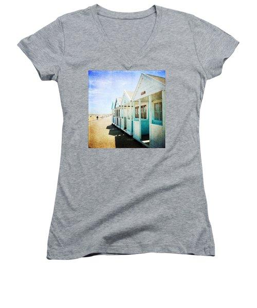 Summer Breeze Women's V-Neck T-Shirt